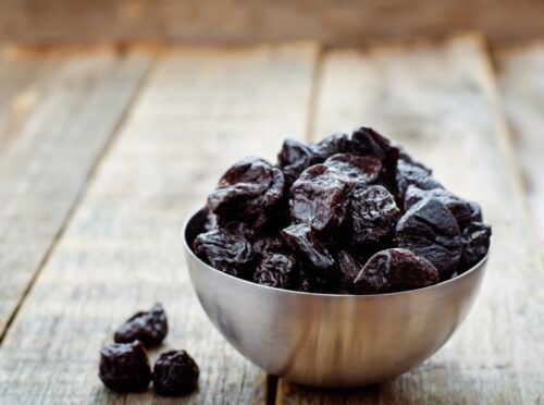 Prunes are a healthy food high in iron