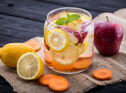 lemon apple detox water