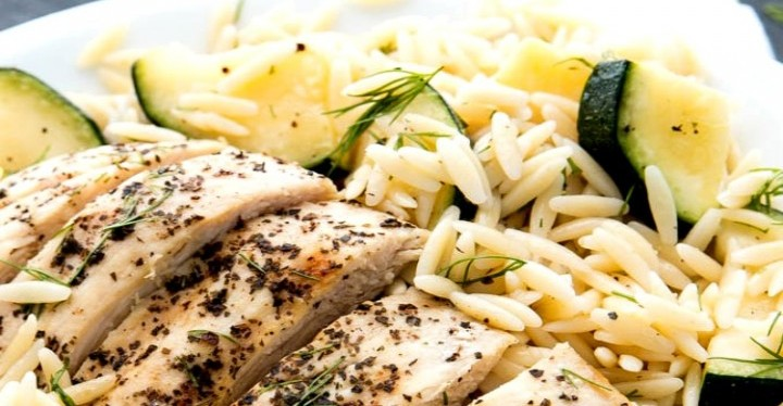 Herbed Chicken Orzo Pasta and Zucchini healthy recipe for dinner