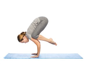 crow pose to lose weight quickly with yoga