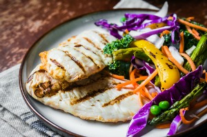 eat protein and vegetables to lose weight fast