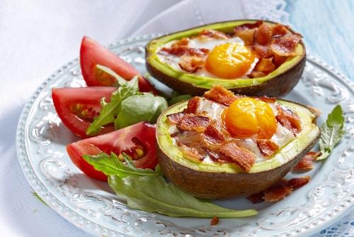 avocado eggs are a great healthy go-to breakfast recipe