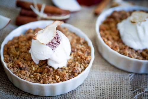 cinnamon roll oatmeal healthy go-to breakfast recipes