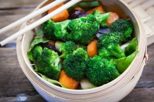 steamed vegetables help to heal your leaky gut