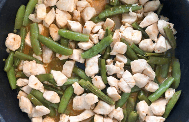 snap pea and chicken stir fry dish